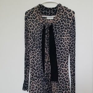 Leopard printed cardigan with front tie